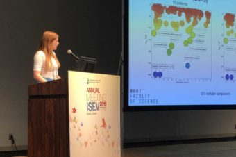 Anna Kotrbova presenting MS analysis of extracellular vesicles at ISEV 2019!